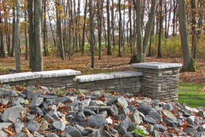 ct-fieldstone-w-caps-and-pier-gallery