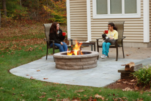 ledgestone_firepit_brown_sitting